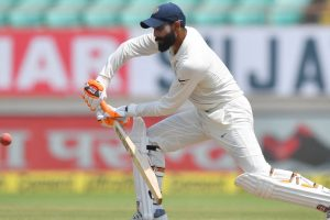 Fitness under scanner: Jadeja carrying shoulder stiffness from India, indicates Shastri