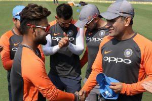 Rishabh Pant makes ODI debut, receives cap from MS Dhoni