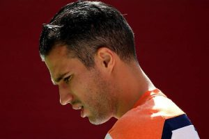Robin van Persie to retire at the end of the season