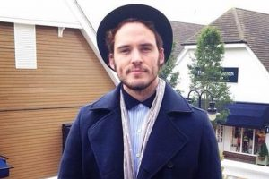 Sam Claflin joins 'Charlie's Angels' reboot