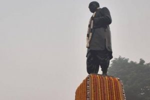Gujarat minister to visit Bihar to invite Nitish for unveiling of Statue of Unity