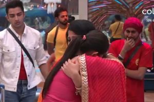 Bigg Boss 12, Day 41, October 28: Double eviction bomb on Anup Jalota, Saba Khan