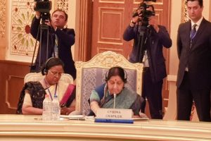 Sushma Swaraj opposes CPEC, calls for fighting terror at SCO meet