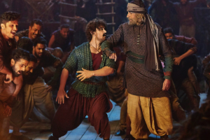Advance booking for Amitabh Bachchan, Aamir Khan's Thugs of Hindostan to start early