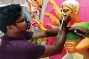 Durga idols: Not all follow the 'red light soil' tradition