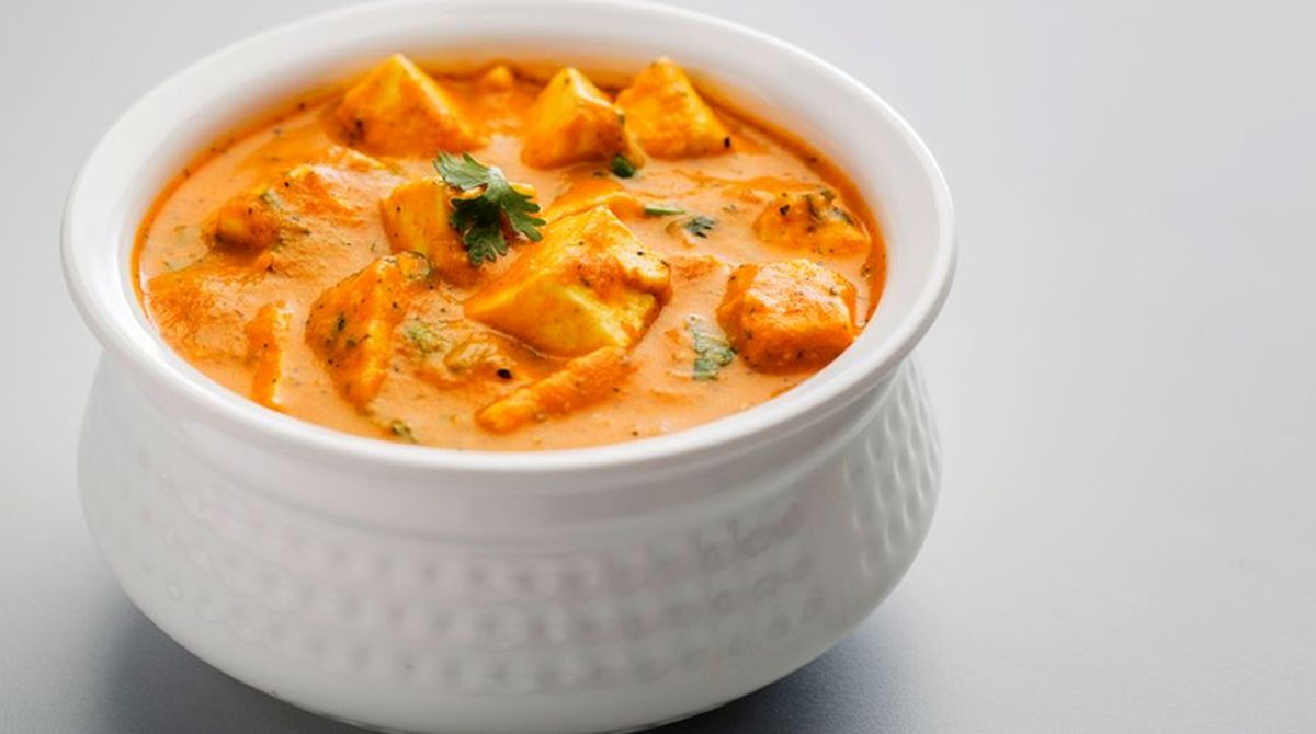 Sweet and Spicy Paneer in Royal Gravy