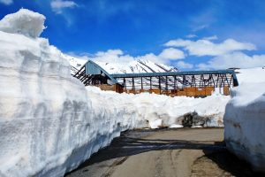 Rohtang pass re-opened for vehicular traffic