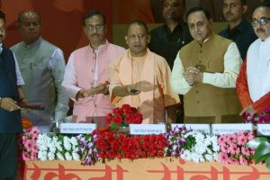 Congress behind Gujarat violence says Vijay Rupani in Lucknow