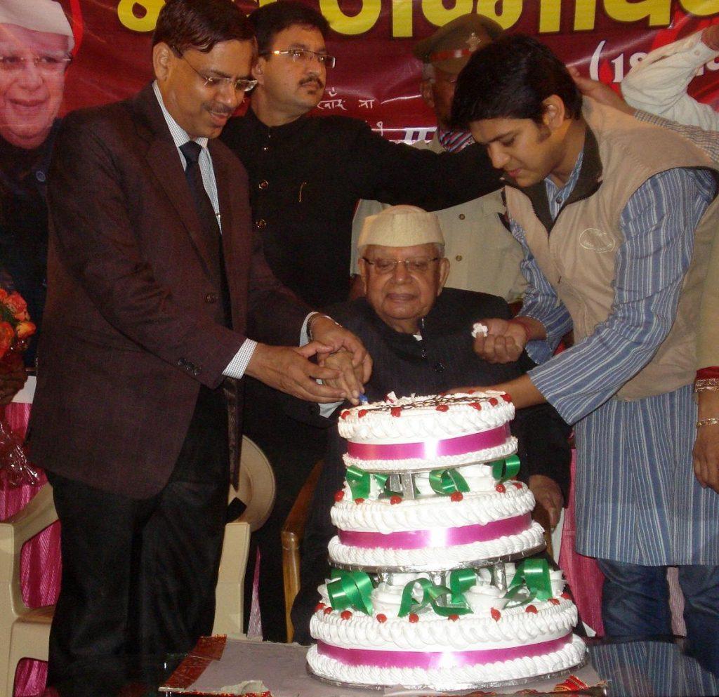 ND Tiwari celebrating his birthday in Dehradun