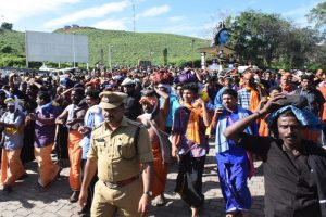 Clashes erupt as woman reaches Sabarimala temple on Day 2; cameraman injured