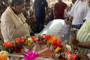 Tight security for Kannada actor Ambareesh's state funeral