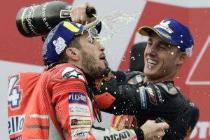 Dovizioso wins wet Valencia MotoGP, Espargaro takes maiden KTM podium; veteran racer Dani retires