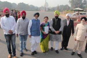 BJP delegation meets Kovind, apprises him of 3rd member of SIT still not named