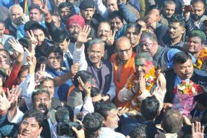 Verbal war indicates rift between Trivendra Rawat, state BJP chief Ajay Bhatt