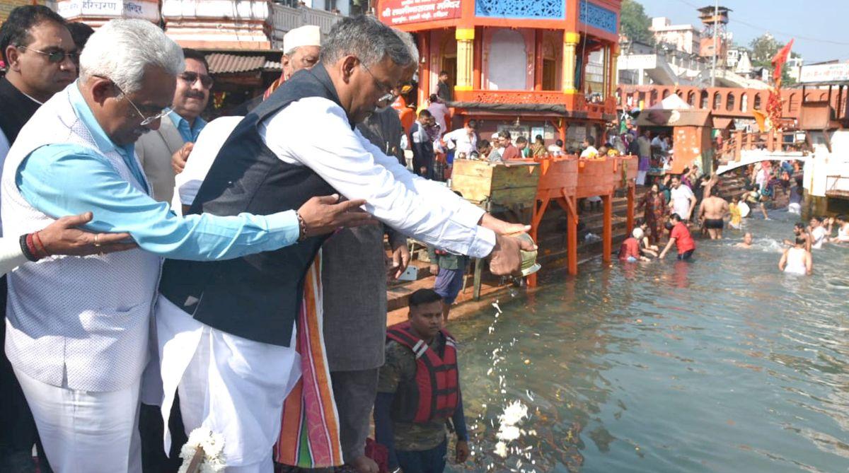 Ananth Kumar, Trivendra Singh Rawat, Har-ki-Pauri, Haridwar, CIPET, Uttarakhand