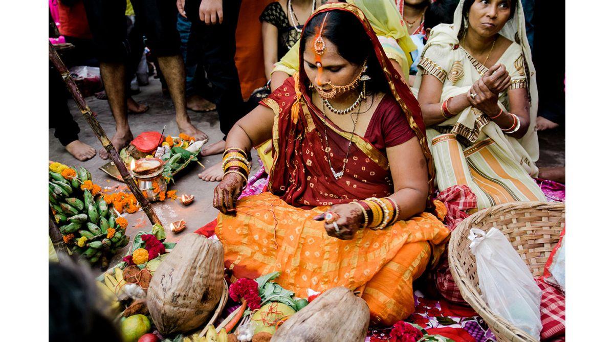 Chhath Puja, Chhathi Mai, Chhath Puja 2018, Chhath Puja Bihar, Chhath Puja rituals, Chhath Puja history, Who is Chhathi Mai?, Chhath Puja Devasena, Chhath Puja and Ramayana, Chhath Puja and Mahabharata