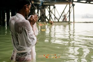 Prayers offered to Sun to mark Chhath festival in Bihar