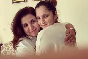 Farah Khan visits Baby Izhaan and mommy Sania Mirza