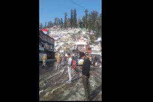 Himachal Pradesh: Manali, Narkanda get season's 1st snowfall