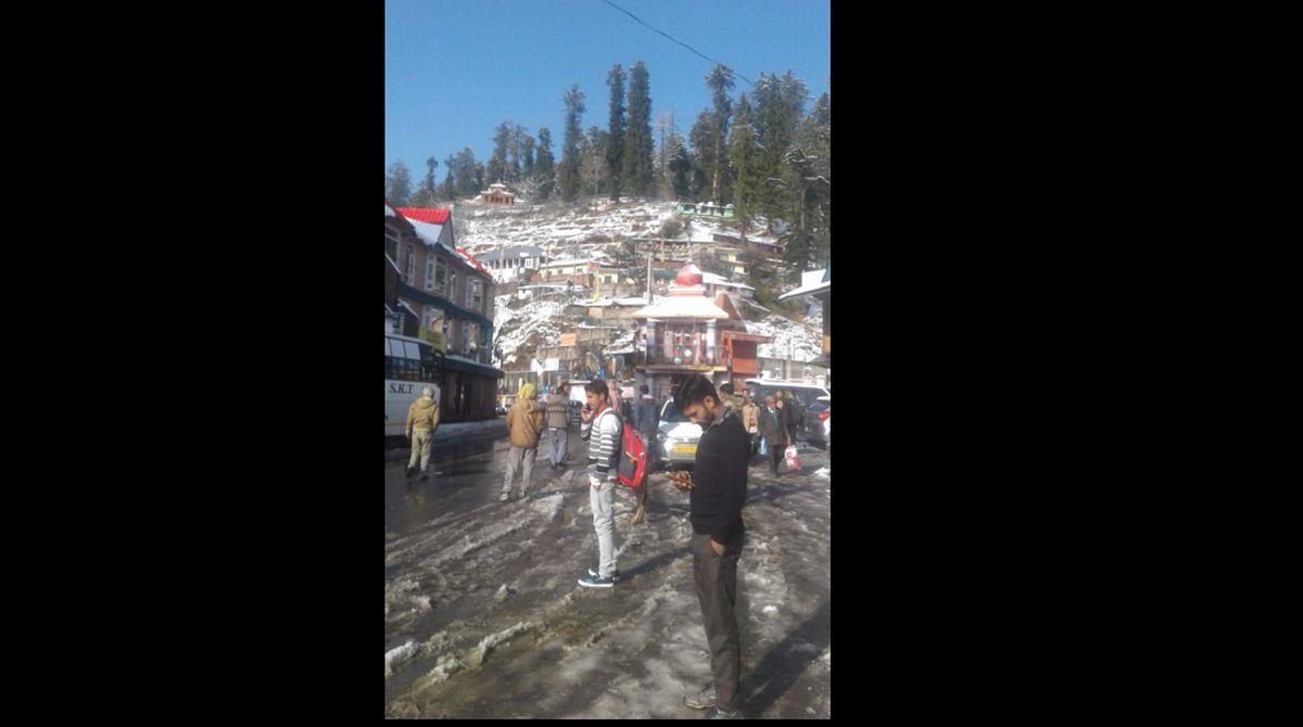 Himachal Pradesh, Manali, Narkanda, snowfall, Manali snowfall, Himachal Pradesh snowfall