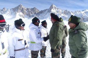 Northern Army Commander visits Siachen Glacier