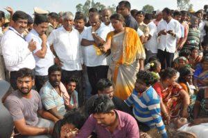 Karnataka bus accident: 25 dead, Kumaraswamy announces compensation