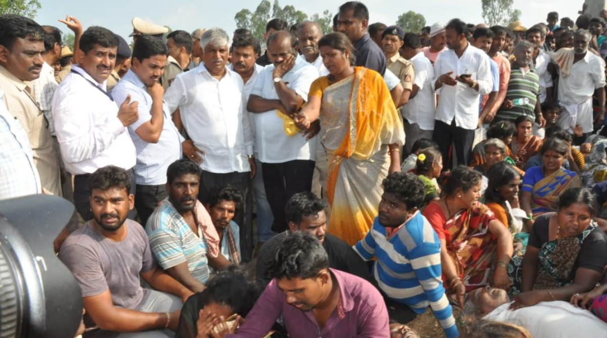 Karnataka bus accident, HD Kumaraswamy, Compensation, Mandya, Karnataka Chief Minister