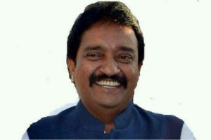 Former Karnataka legislator MP Ravindra passes away, Siddaramaiah expresses grief