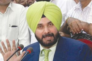 Sidhu welcomes centre's move on Kartarpur corridor