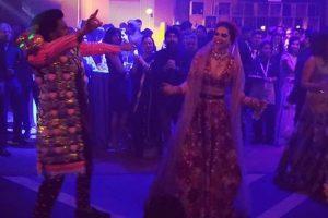Ranveer Singh, Deepika Padukone glam it up at their Mumbai wedding bash | See videos