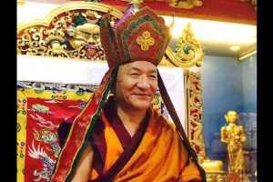 Tibetans condoles the death of Kathok Getse Rinpoche