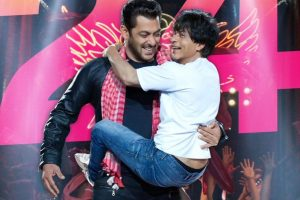 Shah Rukh Khan's Zero gets a Christmas boost
