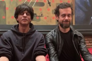 Knock Knock: Shah Rukh Khan and Jack Dorsey have a midnight Twitter chat