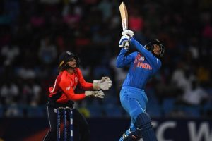 Sloppy India crash out of ICC women's World T20