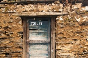RTI activist attempts to lodge complaint of 'toilet theft'