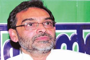 Union Minister Upendra Kushwaha meets Sharad Yadav amidst speculation