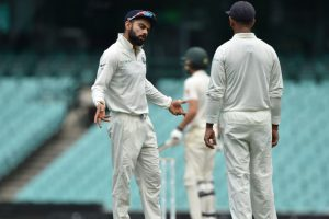 Kohli makes light of hype surrounding him ahead of Oz tests