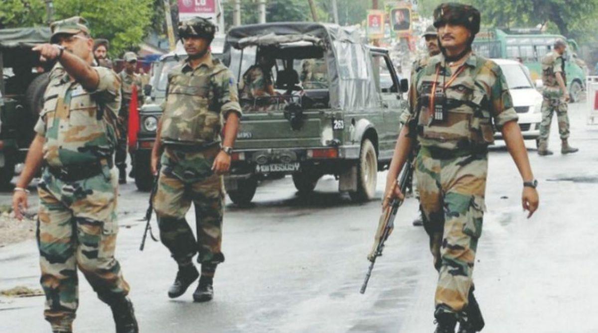 Pathankot High alert, J-K High alert, taxi snatched, gunpoint, IAF base