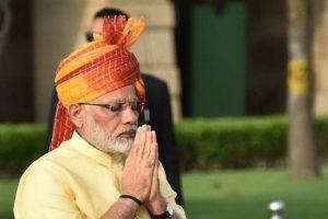 PM Modi pays tribute to Guru Nanak Dev on his birth anniversary