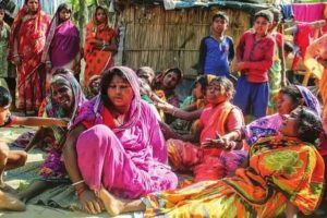 Hooch tragedy in Nadia: Eight die, 11 excise officials suspended