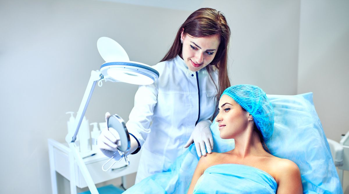 Cosmetology,aesthetic medicine,population, cosmetologists, Aesthetic Physician