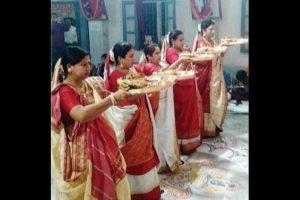 No priest, women perform Kali Puja in Siliguri