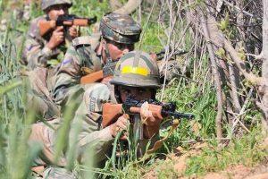 JeM terrorists kill 4 J-K policemen guarding minority Hindu camp in Shopian