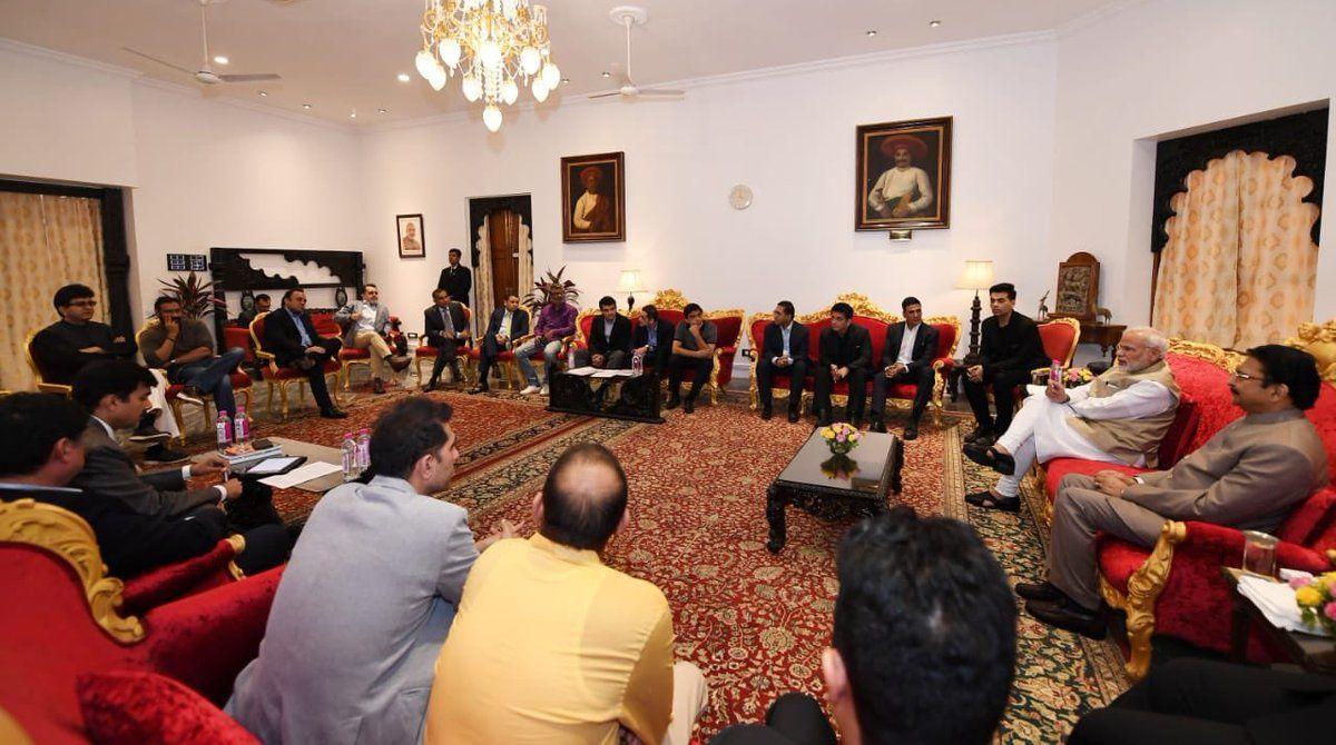 Akshay Kumar, Karan Johar, Ajay Devgn, PM Modi, Narendra Modi