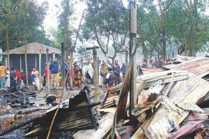 Hindu houses under 'arson' attack ahead of Bangladesh elections