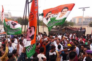 MP cliffhanger ends, Congress emerges single-largest party but short of majority