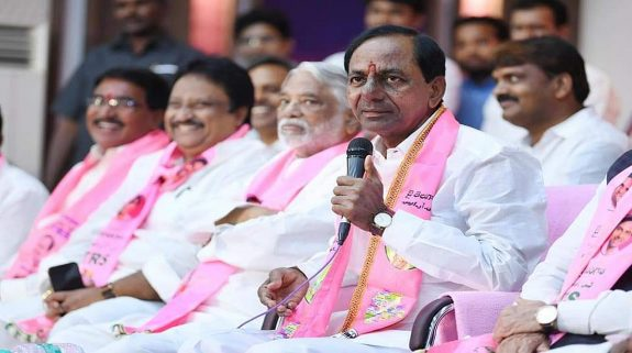 K Chandrasekhar Rao sworn-in as Telangana CM for second straight time