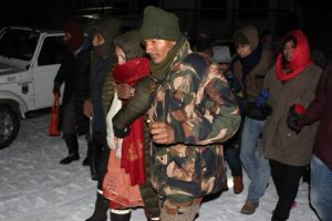 Indian Army rescues 3000 stranded tourists in Sikkim in overnight rescue op
