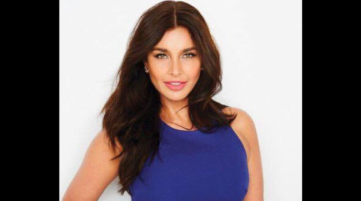 Lisa Ray, Lisa Rani Ray, The Yellow Diaries, cancer, stem cell transplant, stem cell technology, Canadian actress, Amazon series