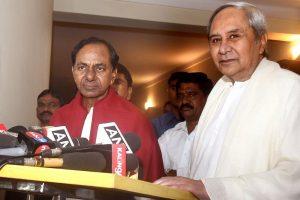 KCR kicks off 'non-Cong, non-BJP' Federal Front mission, meets Odisha CM; Kolkata next stop
